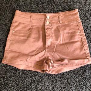 Pants - High-wasted shorts